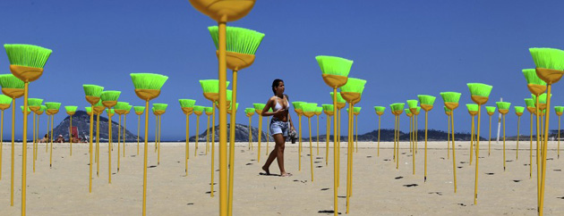 Rio for Peace aim to sweep away corruption with protest on Copacabana beach