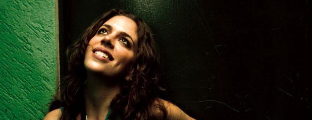 Interview with Luisa Maita on MTV Iggy